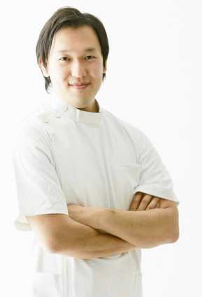 腰痛専門 整体院 とんち 院長 大谷佑輔先生(理学療法士)